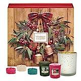 Yankee Candle Adventskalender-Geschenkset, mit 12duftenden Votivkerzen, 12duftenden Teelichten und 1Votivkerzenhalter in festlicher Buch-Geschenkbox